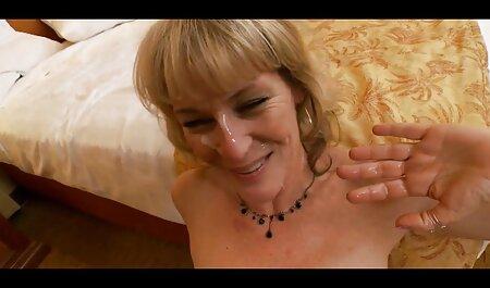 Zwei Dienstmädchen, die ihre Meister bedienen erotikfilme gratis ansehen