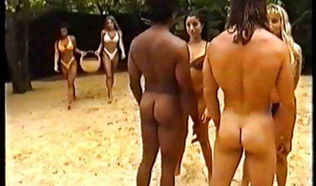 Sitz in der ersten freie porno ohne anmeldung Reihe zu Ebenholzfüßen