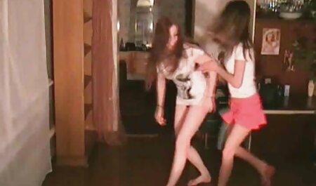 Kayla kostenlos erotikfilme schauen Lowden und Freund blasen und tauschen