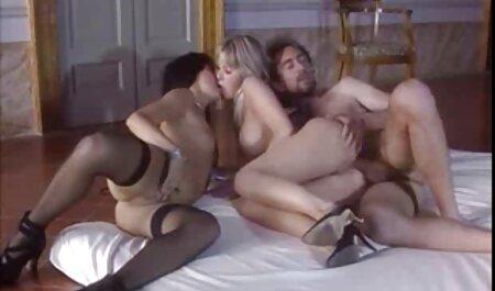 Heiße Brünette auf pornofilme gratis ansehen hausgemacht gefickt