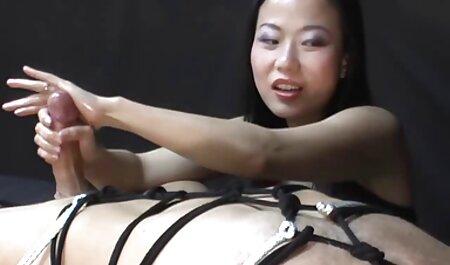 Babe in Strumpfhosen massage free porno will, dass du wichst