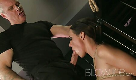 Katie Pears wird im Badezimmer free porno massage gefickt