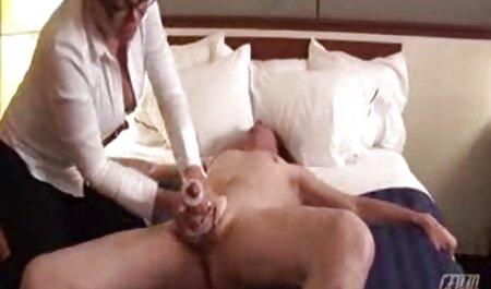 Petite Babe sex porno film gratis masturbiert in Schrittlosen Nylons