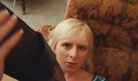 Collared gratis porno nylon und gefesselte Blondine beugt sich für Domina Prügel