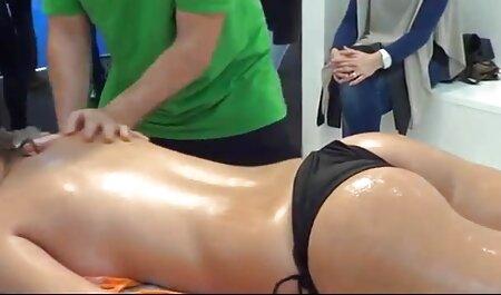 Schokoladen-Ebenholz-Zehen oma pornofilme kostenlos