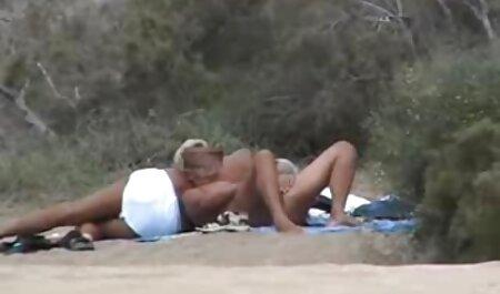Lesben vollbusige Babes auf der Bühne strippen und spielen Muschi free porno tochter